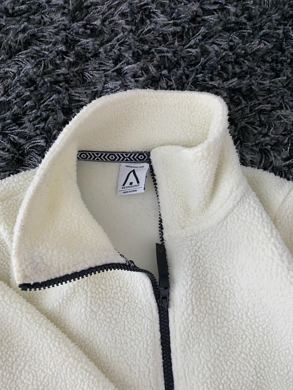 Women's hoodies & sweatshirts - WEAR COLOUR photo 3