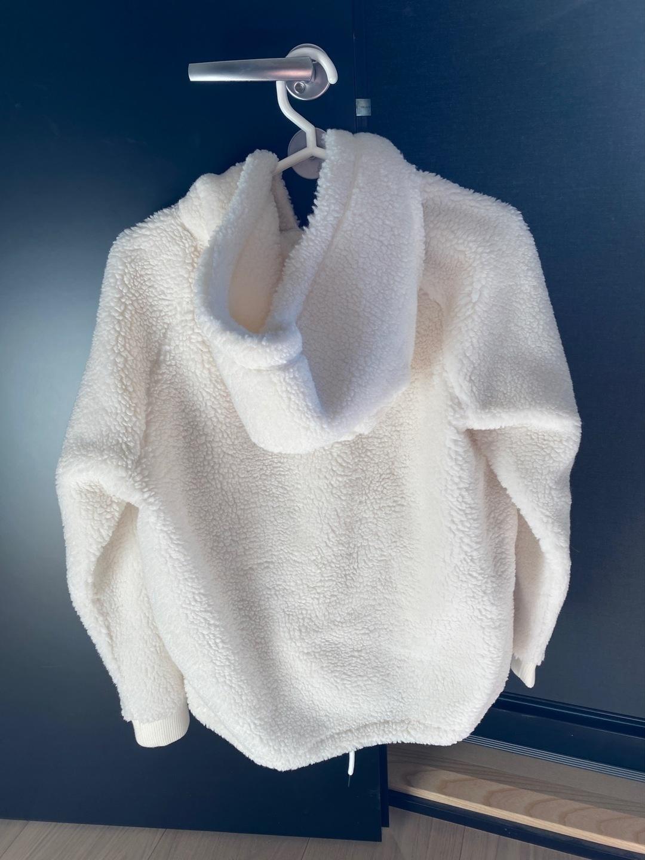 Women's hoodies & sweatshirts - PEAK PERFORMANCE photo 2