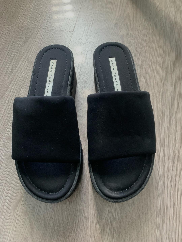 Naiset sandaalit & tohvelit - ZARA photo 2