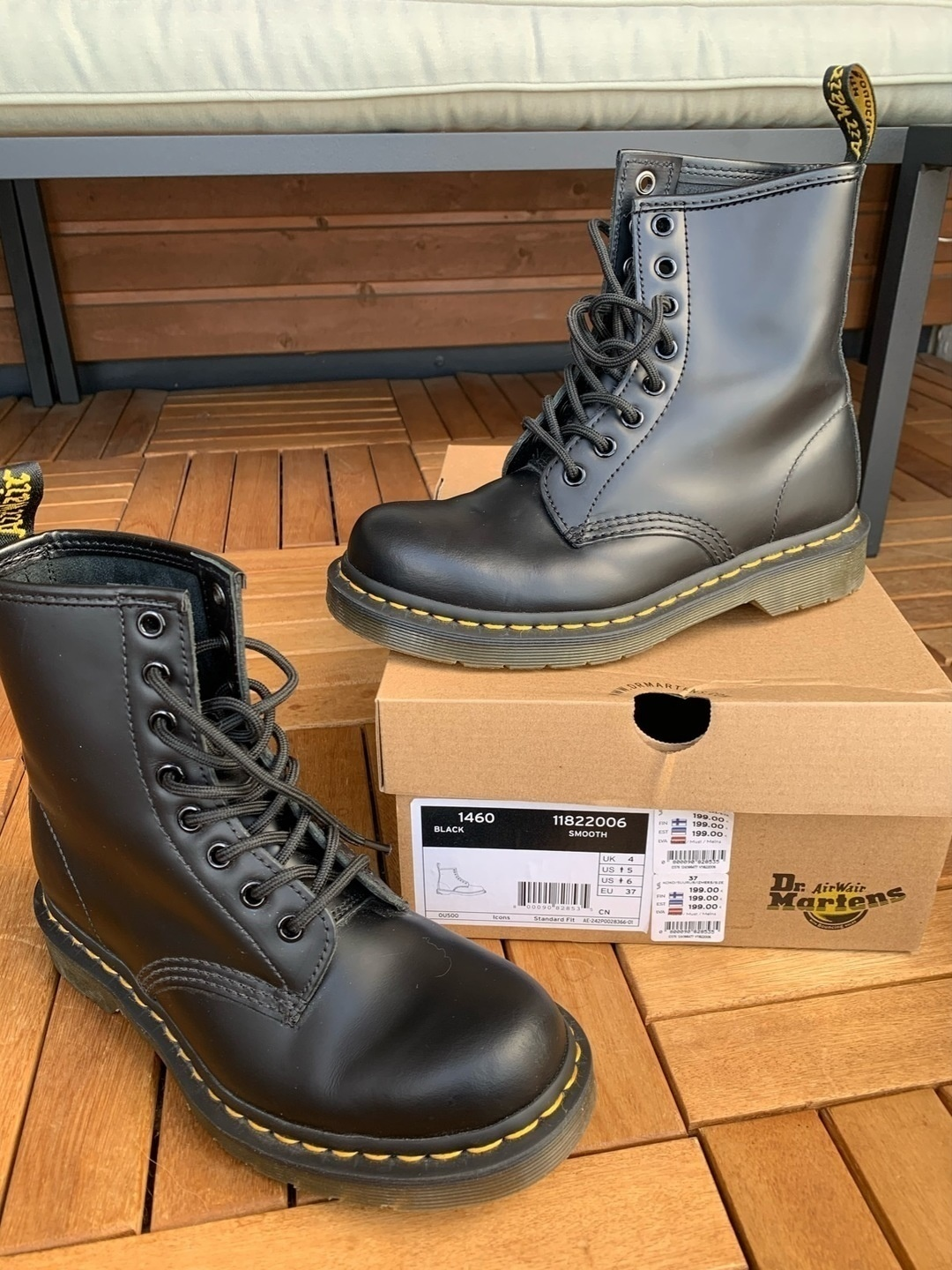 Naiset saappaat - DR. MARTENS photo 1