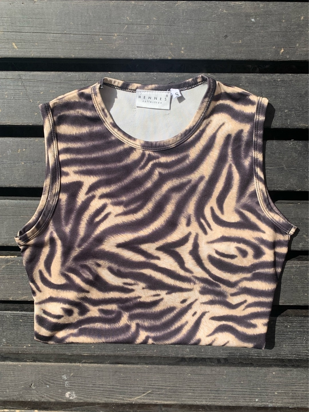Women's tops & t-shirts - HENNES COLLECTION photo 1