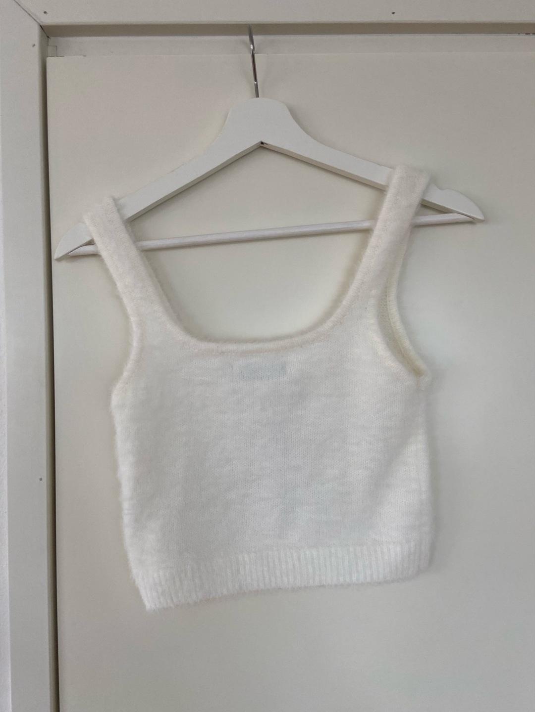 Women's tops & t-shirts - STRADIAVARIUS photo 3