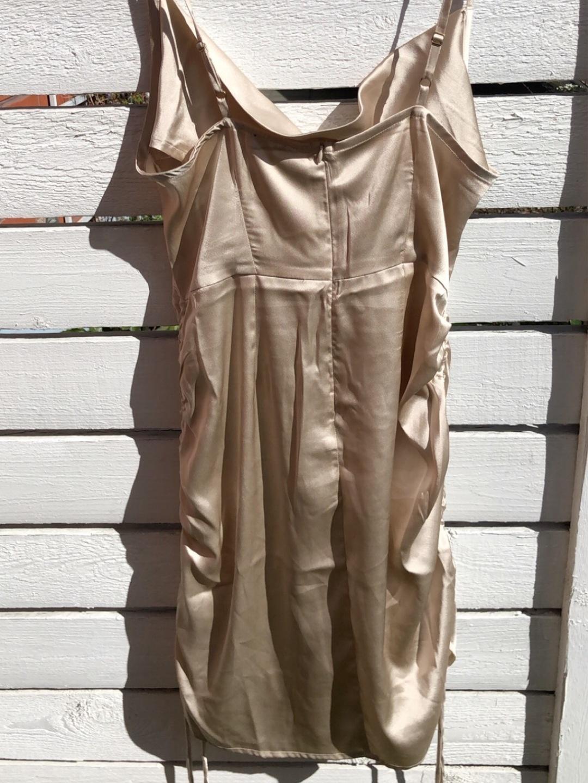 Women's dresses - BUBBLEROOM photo 2
