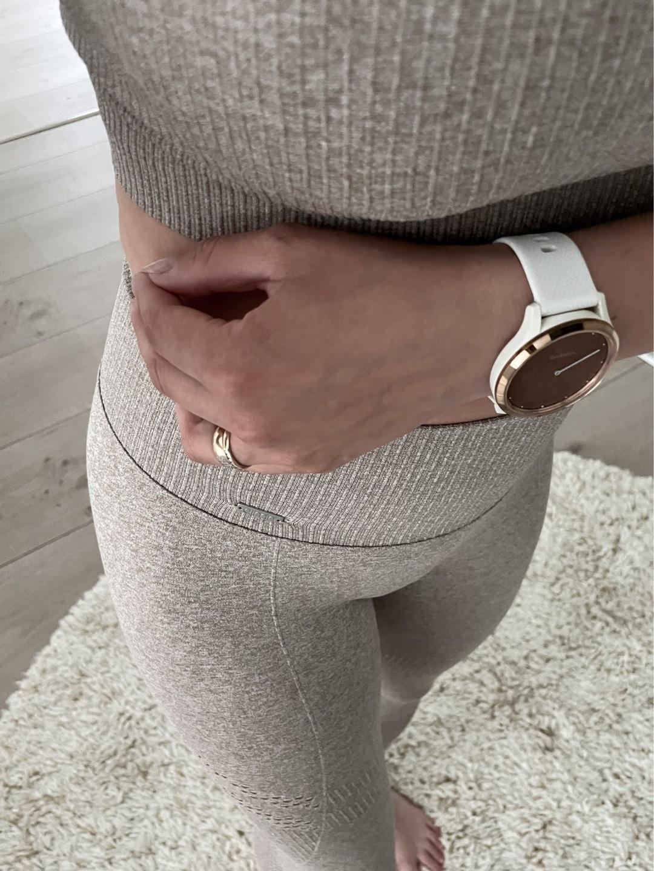 Women's sportswear - AIM'N photo 3