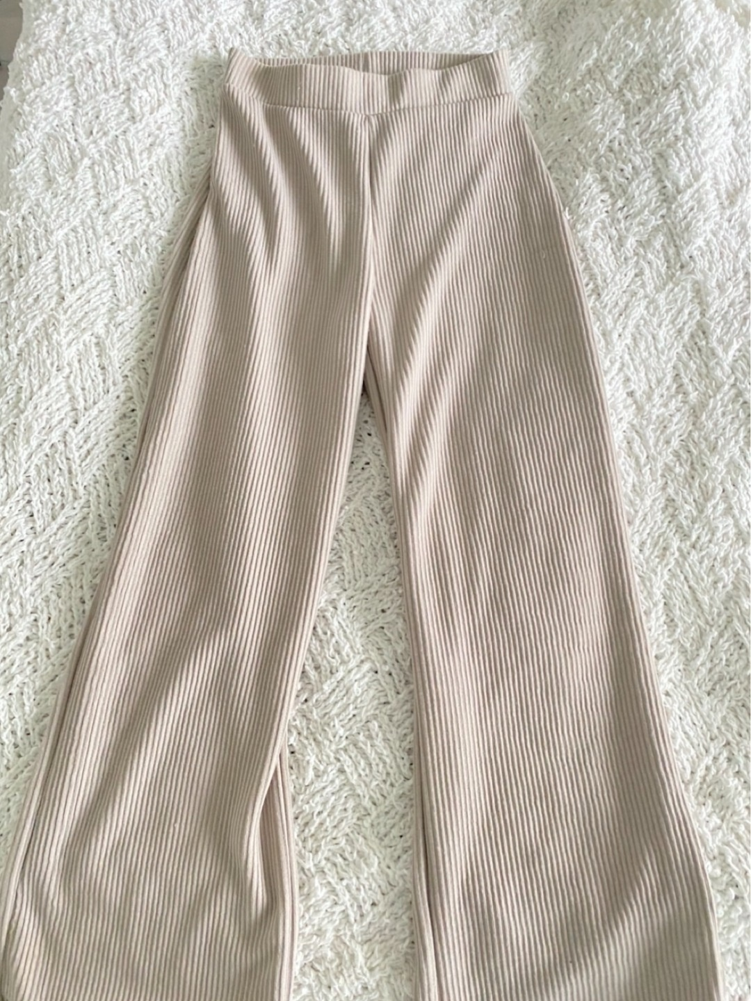Women's trousers & jeans - NLY|TREND photo 2