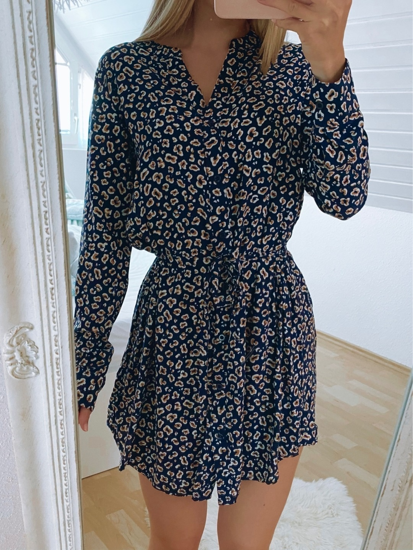 Women's dresses - TAKKO photo 1