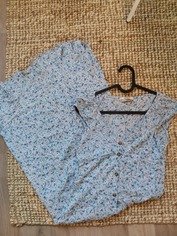Women's dresses - PULL&BEAR photo 2